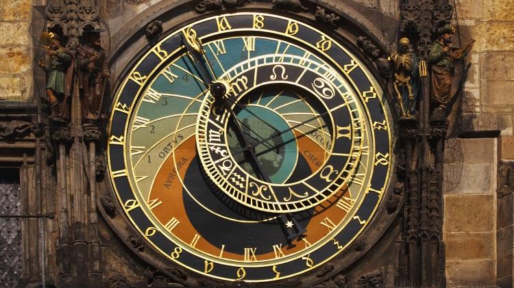 341647_chasy_astronomiya_chexiya_praga_1920x1080_(www.GdeFon.ru)